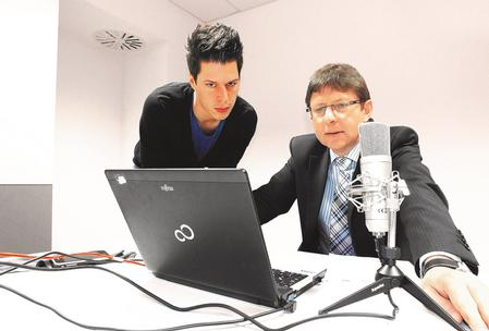 Felix Stark and Andreas Schilpp are making the final checks before the Webinar: