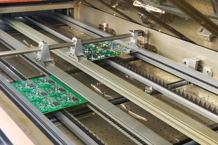 PYRAMAX reflow ovens set the industry standard for thermal performance, providing electronics manufacturers with the highest throughput — and now increased flexibility.