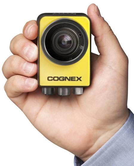 The In-Sight® 7000 smart camera users can rely on the industry-leading Cognex vision tool library for reliable, repeatable performance in even the most challenging vision applications.