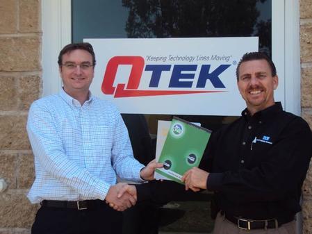 John Tobin, QTEK Mexico's Managing Director, and Brian Crisp, ECT-GPG's Regional Sales Manager