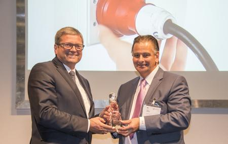 The award was presented to Rainer Krauss, Vice President & General Sales Director for Kurtz Ersa.