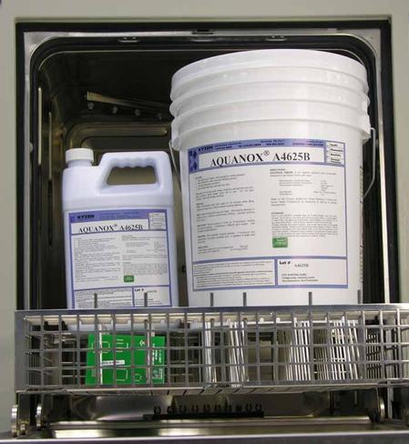 AQUANOX®  A4625B, biodegradable low-VOC aqueous solution for removing all types of electronic flux residues including the latest lead-free.