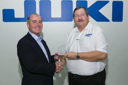 Rod Howell presents the Strategic Partner of the Year Award to Bob Black