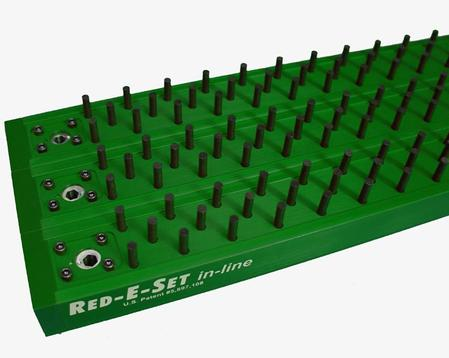 The RED-E-SET Lead-Free modules are anodized green, and when used in conjunction with the red units, enable users to separate tooling between lead-free and leaded processes.