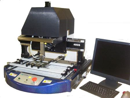 400S is a stand-alone, non-contact scavenging system for the automatic removal of residual solder from a rework site.