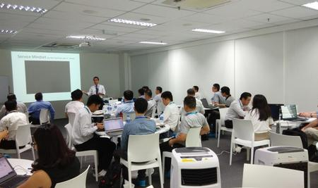 ViTrox ABI Business Development Director Gary Leong was sharing marketing strategies with interesting videos to SCPs.