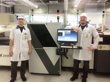 Mathias Jerger (left) and Nico Schmid support the AOI systems at Marquardt. They have integrated the Viscom S3088 SPI system for 3D solder paste inspection