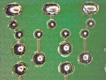Before cleaning with ATRON® AC 207 - residues visible around solder joints.