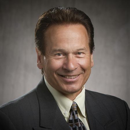 Dennis Stern new Regional Sales Manager for the Midwest region of USA.