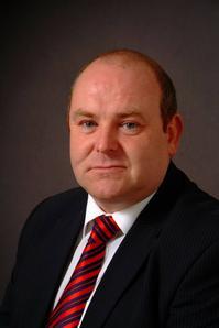 Mike Nelson of Etek Europe Ltd.